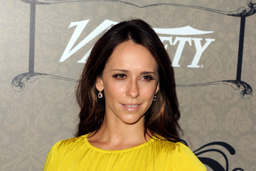 Jennifer Love Hewitt Variety's Power Of Women Presented By Lifetime - Arrivals
