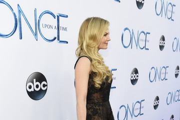 "Jennifer Morrison Screening Of ABC's ""Once Upon A Time"" Season 4 - Red Carpet"