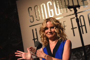 Jennifer Nettles Celebrities Smile at the Songwriters Hall of Fame 46th Annual Induction and Awards