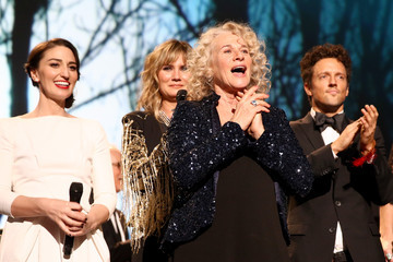 Jennifer Nettles 2014 MusiCares Person Of The Year Honoring Carole King - Roaming Show