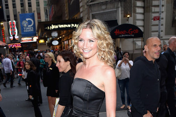Jennifer Nettles Musicians Gather at the Songwriters Hall of Fame 46th Annual Induction and Awards