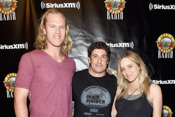 Jenny Mollen SiriusXM's Private Show With Guns N' Roses At The Apollo Theater Before Band Embarks On Next Leg Of Its North American 'Not In This Lifetime' Tour