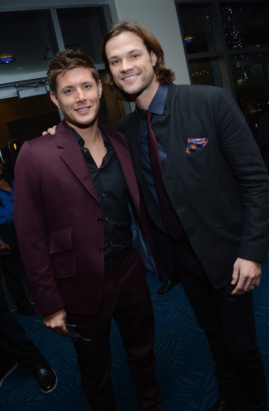 Jared Padalecki backstage at the 39th Annual People's Choice Awards