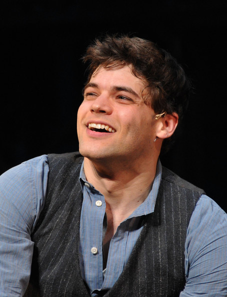 jeremy jordan and jonathan groff