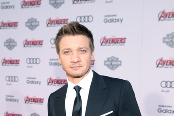 Jeremy Renner World Premiere of Marvel's 'Avengers: Age Of Ultron' - Red Carpet