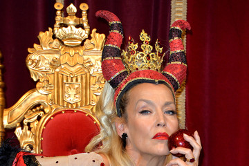 Jerry Hall Snow White And The Seven Dwarfs - Photocall