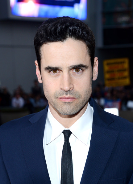 jesse bradford dating 2013 Jesse bradford's wiki: jesse bradford (born may 28, 1979) is an american actorearly lifebradford was born jesse bradford watrouse in norwalk, connecticut, the only child of actors terry porter and curtis watrouse, who appeared in commercials, soap operas, and industrial films.