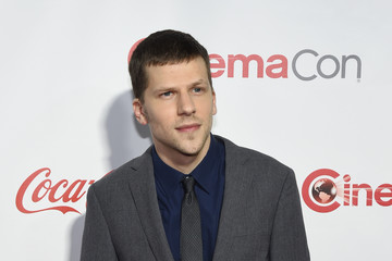 Jesse Eisenberg CinemaCon 2016 - The CinemaCon Big Screen Achievement Awards Brought To You By The Coca-Cola Company - Red Carpet