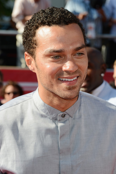 http://www4.pictures.zimbio.com/gi/Jesse+Williams+2012+ESPY+Awards+Arrivals+hzVJ2PGUcHWl.jpg
