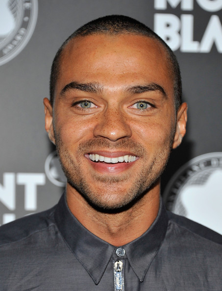 http://www4.pictures.zimbio.com/gi/Jesse+Williams+Montblanc+Presents+21st+Annual+3ZIYJAZ8wObl.jpg