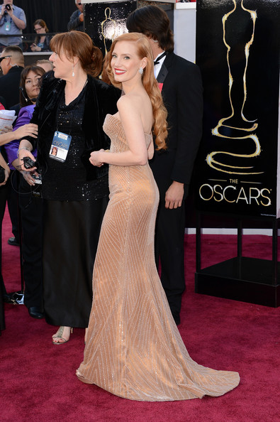 e18cd2e9fd06a Jessica Chastain Photos Photos - Red Carpet Arrivals at the Oscars ...