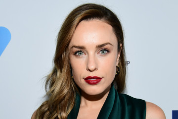 Jessica McNamee 6th Annual Australians in Film Award & Benefit Dinner - Red Carpet