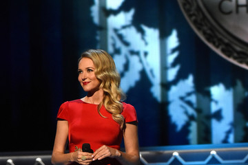 Jewel Kilcher CMA 2015 Country Christmas - Show