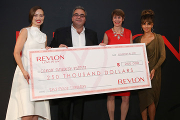 Jill O'Donnell Tormey Revlon LOVE IS ON Million Dollar Challenge