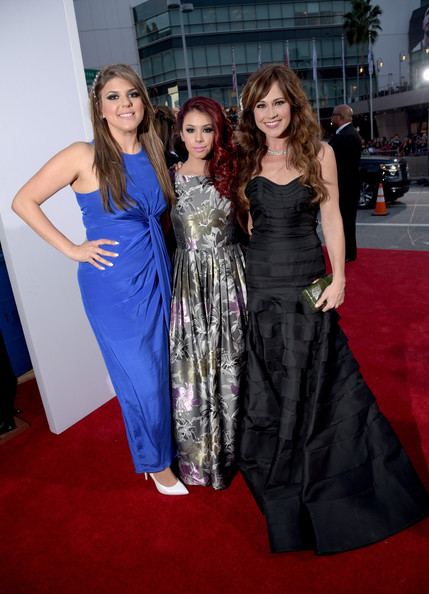 Arrivals at the People's Choice Awards — Part 2 [carpet,clothing,dress,red carpet,flooring,premiere,fashion,event,gown,fashion model,peoples choice awards,part,l-r,california,los angeles,arrivals,actresses,jillian rose reed,nikki deloach,molly tarlov]