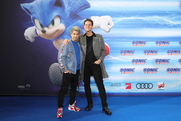 'Sonic The Hedgehog' Special Screening In Berlin [sonic the hedgehog,sky,fashion,fun,performance,media,footwear,event,world,animation,photography,jim carrey,julien bam,zoo palast,berlin,germany,screening,special screening,jim carrey,julien bam,sonic the hedgehog,photography,image,film producer,photograph,getty images]