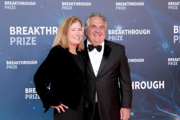 Jim Gianopulos Ann Gianopulos 2020 Breakthrough Prize - Red Carpet