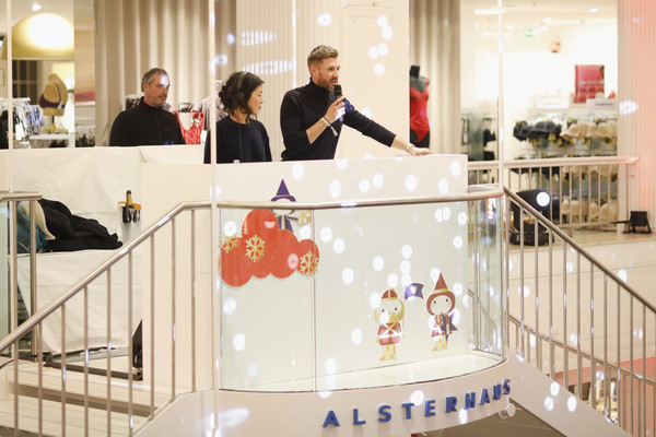 GALA Christmas Shopping Night [product,interior design,building,shopping mall,floor,jochen schropp,stage,alsterhaus,hamburg,germany,gala christmas shopping night]