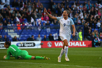 Jodie Taylor England v Russia - FIFA Women's World Cup Qualifier