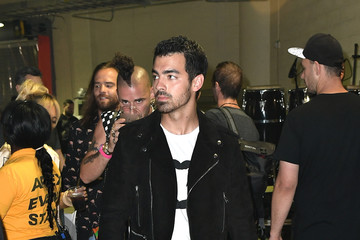 Joe Jonas Univision's 'Premios Juventud' 2017 Celebrates the Hottest Musical Artists and Young Latinos Change-Makers - Backstage