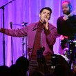 "Joe Jonas WCRF's ""An Unforgettable Evening"" - Fixed Show"
