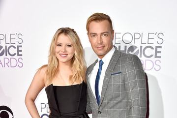 Joey Lawrence Arrivals at the People's Choice Awards — Part 2