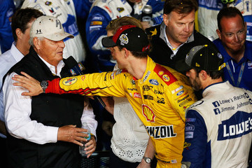 Joey Logano NASCAR Sprint Cup Series Ford EcoBoost 400