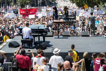 John Legend Families Belong Together - Freedom For Immigrants March Los Angeles