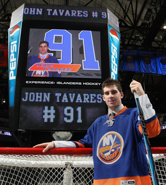 Tavares makes Coliseum preseason debut versus Devils thumbnail