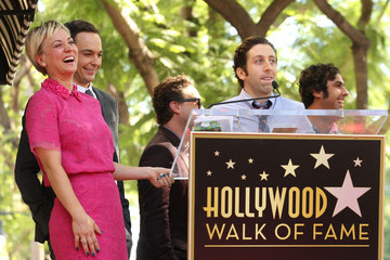 Johnny Galecki Kaley Cuoco Honored on the Walk of Fame