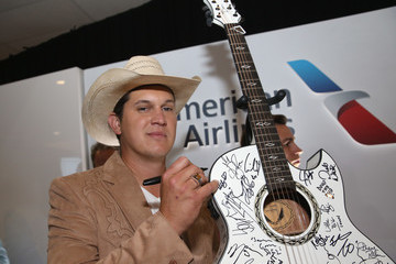Jon Pardi 2016 CMT Music Awards - American Airlines Arrivals