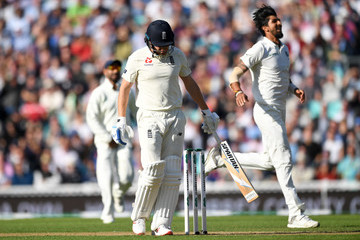 Jonathan Bairstow England vs. India: Specsavers 5th Test - Day One