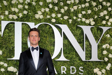 Jonathan Groff 2017 Tony Awards - Red Carpet