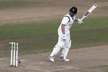 Jonathan Trott Warwickshire v Essex - Specsavers County Championship: Division One
