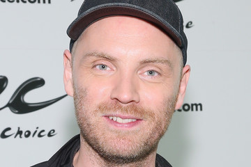 Jonny Buckland Coldplay Visits Music Choice
