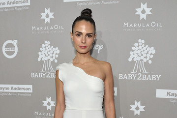 Jordana Brewster 2015 Baby2Baby Gala Presented By MarulaOil & Kayne Capital Advisors Foundation Honoring Kerry Washington - Red Carpet