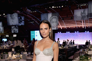Jordana Brewster 2018 Baby2Baby Gala Presented By Paul Mitchell - Inside
