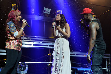 Jordin Sparks Jason Derulo Performs in Burbank