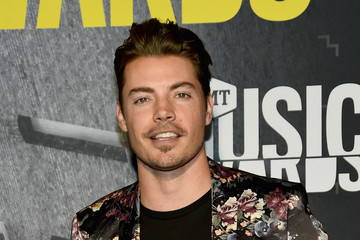 Josh Henderson 2017 CMT Music Awards - Red Carpet