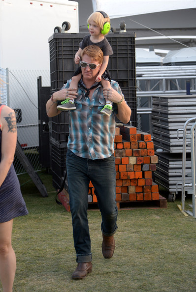 Josh Homme Pictures 2014 Coachella Valley Music And Arts Festival Day 2 Zimbio