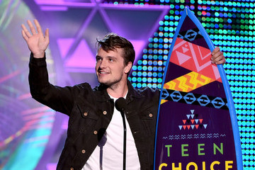 Josh Hutcherson Teen Choice Awards 2015