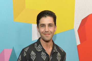Josh Peck 2017 Streamy Awards - Red Carpet