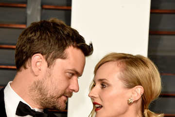 Joshua Jackson Arrivals at the Elton John AIDS Foundation Oscars Viewing Party — Part 5