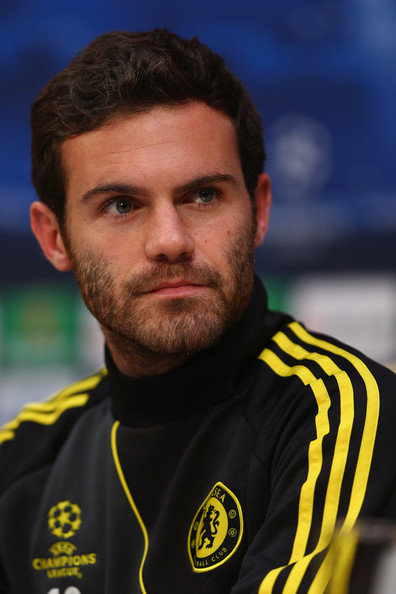 Juan Mata Juan Mata during the Chelsea Press Conference ahead of the ...: www.zimbio.com/pictures/l2MHGIKZTeC/Chelsea+Training+Session+Press...
