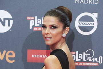 Juana Acosta Red Carpet - Platino Awards 2017
