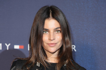 Julia Roitfeld Tommy Hilfiger TOMMYNOW Fall 2017 - Front Row & Atmosphere