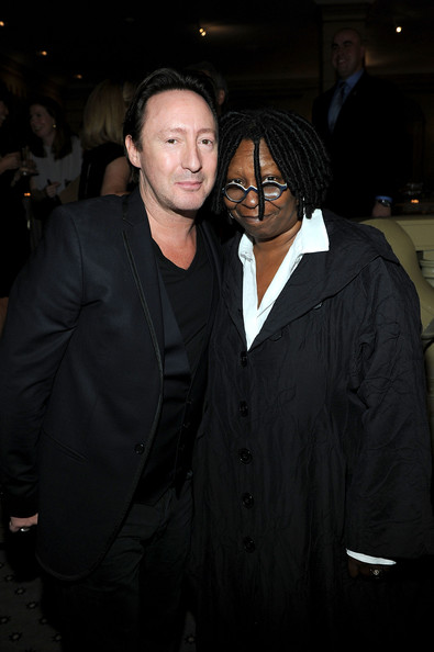 who is whoopi dating Celebrity life 10 things you never knew about whoopi goldberg for no reason in particular, here are some interesting facts about whoopi goldberg's roller-coaster life, including drug addiction and phone sex.