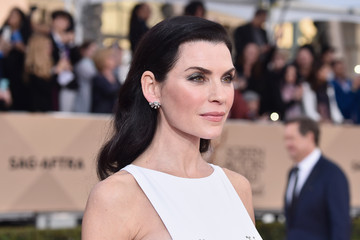 Julianna Margulies 22nd Annual Screen Actors Guild Awards - Red Carpet