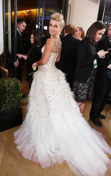 Julianne hough photos photos smartwater at the golden for Julianne hough wedding pictures