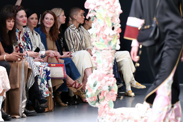 Julianne Moore Tory Burch Fall Winter 2020 Fashion Show - Front Row
